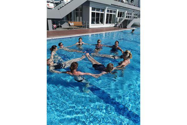 Aqua-Fitness-Einheit im Neumarkter Freibad